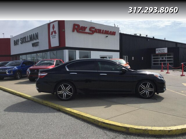 Pre-Owned 2017 Honda Accord SPORT SE